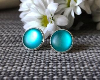 Light blue earings, stud earings, spring style, resin earings, blue earings, deep blue earings