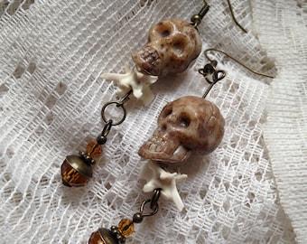 Begrenzte Halloween Totenkopf Ohrringe mit echten Klapperschlange Knochen