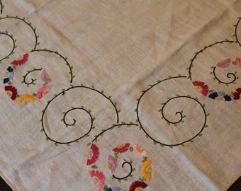 """32"""" Square Vintage Hand-Embroidered Table Topper or Tablecloth, Flowers on Spiral Design"""