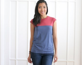 Casual Organic Cotton Tshirt, Modern Bamboo Clothing, Eco Friendly Tshirt, ColorBlock Blouse, Button Up Back Tshirt, Organic Womens Clothing