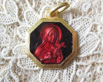 Vintage Red Enamel St Therese Gold Plated Medal M947