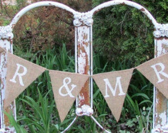 Mr and Mrs Burlap Banner, Rustic Wedding Decor, Pennant Photo Prop, Wedding Decor