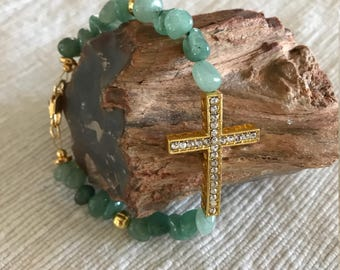 Aqua beaded bracelet with curved cross and gold    7 3/4""