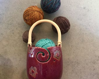 Pottery yarn Bowl, Knitting bowl with handle, portable, yarn bowl, knitting, crochet, crafter gift, craft supplies, handmade ceramic,