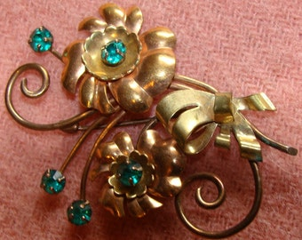 Lovely Vintage Flower Bouquet Brooch 1/20 12K with Bright Turquoise Blue Rhinestones