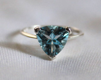 Trillion Shape Sky Blue Topaz Ring, Sterling Silver 92.5, Sky Blue Topaz Ring