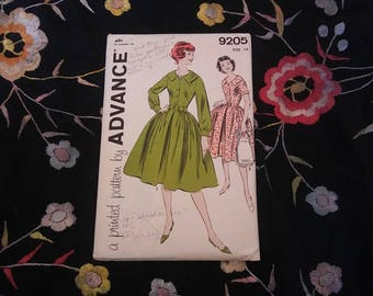 1950s Advance shirt dress pattern // size 14, bust 34