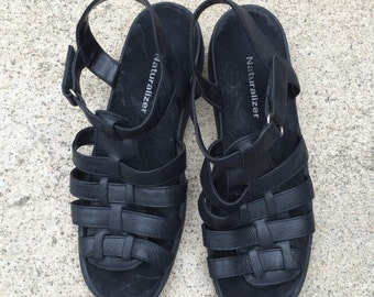 Black Leather 90s Vintage Fisherman Sandals Naturalizer Shoes 7 1/2 M Women