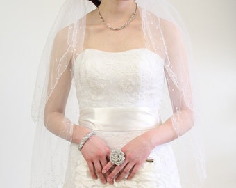 Bridal wedding veil with Pearl Accent Pencil Edge with 2 Tier, Fingertip length V8P-WHI
