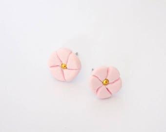 Light Pink Flower Stud Earrings Golden Metal Bead