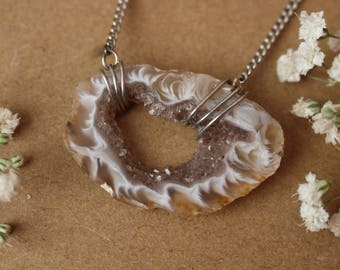 Crystal Heart Agate Slice Necklace, Raw Crystal Heart Pendant, Agate Geode Slice Necklace