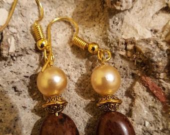 Brown earrings / jasper earrings / gplden earrings / pearl earrings