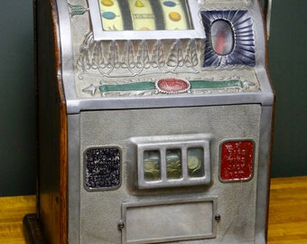 Antique Mills Novelty Co. 1910 Bell Goose Neck 5 cent Slot Machine Coin Operated Vintage Oak Gambling Casino Nickel Collectible Tabletop Old