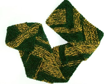 Team Spirit Knit Scarf / Green and Gold Sports Team Scarf / Knit Football Scarf