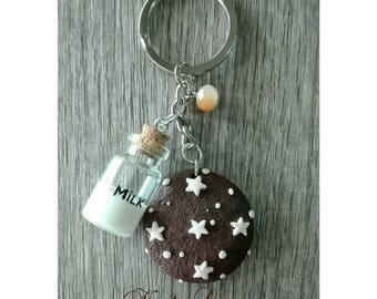 Key chain girl Pan of stars and glass bottle