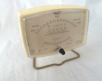 Vintage barometer USSR russian hygrometer Retro plastic desktop thermomete weather station Soviet weather