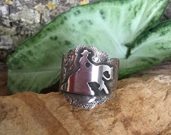 Reiner Ring/ Sterling Silver/ hand made and hand engraved/ size 8.5