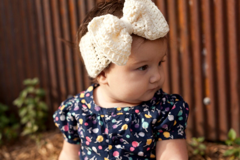 Crochet Big Bow Ear Warmer For Babies Baby headband Baby ear