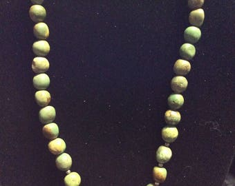 Beautiful Vintage Green Malachite and Sterling Silver Necklace