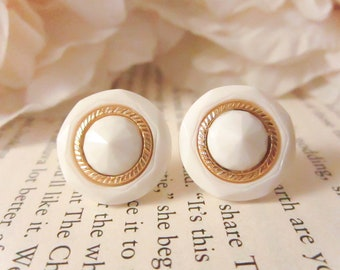Vintage gold and white gem earrings,Vintage Button Earrings, Vintage earrings, Bridesmaid Earrings, gold studs,clip on earrings, Minimal,