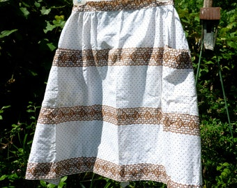 Half Waist ApronTwo Pocket Large Homemade Retro Print Brown and White Cotton Blend