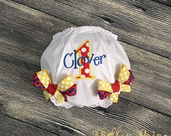 Carnival Birthday Diaper Cover, Personalize Circus Bloomer, Girls First Birthday, Diaper Cover with Bows, Circus Theme, Cake Smash Outfit