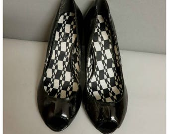 Vintage 80s  pump peeptoe vernish black shoes 37