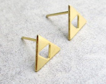 Gold Studs, Tiny Gold Studs, Minimalist Studs, Triangle Earrings, Gold Post Earrings, Delicate Jewelry, Geometric Gold Earrings, Small Studs