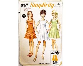 """Einfachheit 8157 Vintage 60er Jahre Sommer Ärmel Fit und Streulicht Kleid Nähen Muster 3 Ausschnitte Schatz, quadratisch, rund, Größe Büste 32"""""""
