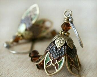 Mom Gift, Green Flower Earrings, Dangle Earrings, Drop Earrings, Crystal Earrings, Filigree Earrings, Gift For Her, Gift for mom