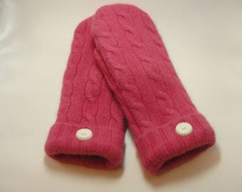 Recycled Pink Cabled Cashmere Sweater Mittens