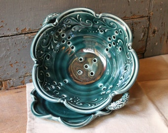 Berry Bowl, swirled vines, Mothers Day Last Minute Gift Present Teal Green, Colander, strainer, with handles, IN STOCK, ready to ship