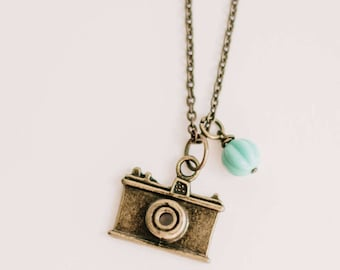 Camera Love pendant. vintage, camera, camera necklace, Antique Gold, silver vintage inspired, camera lovers, for photographers. Travellers