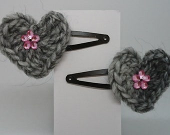 Crochet heart clip with additional decorations
