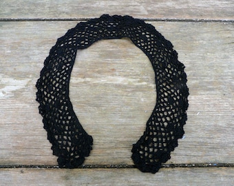 Vintage Antique 1900s Victorian French handmade Peter Pan cotton crochet lace collar