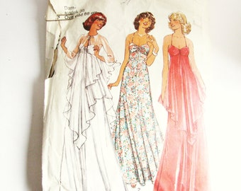 """Vintage Simplicity Dress Pattern, Simplicity 1585 in SWEDISH, long evening gown size 38 bust 34"""""""