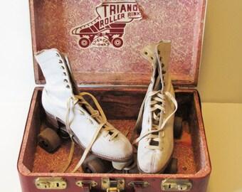 Vintage Women's White Roller Skates -  with maroon case