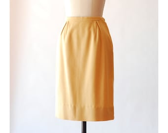 vintage 1950s mustard yellow wool skirt / size small