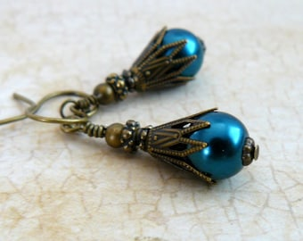 Blue Green Pearl Earrings, Teal Blue Glass Pearl Dangles, Turquoise Vintage Style Earrings, Pearl Jewelry, Gift For Her