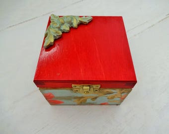 Red Jewelry Box, Christmas Gift, Small Trinket Box, Wooden Gift Box, Small Jewelry Box,  Decoupage Box, Decoupage Gift,  Red Keepsake Box