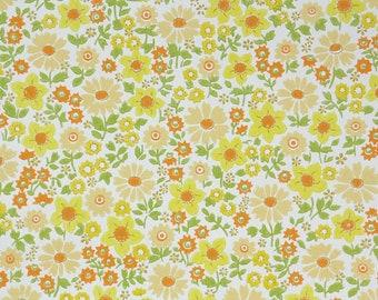1960s Vintage Wallpaper - Floral Vintage Wallpaper Yellow Floral Chintz
