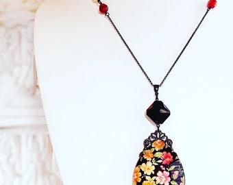 Black Victorian Necklace - Vintage Flower Necklace - Large Pendant - JARDIN NOIR