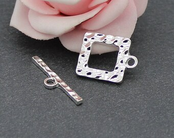 x 2 square silver metal hammered AP131 toggles clasps kits