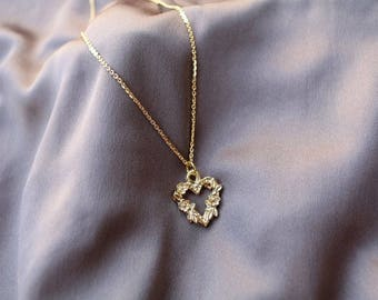 Rose Heart Necklace - Gold Necklace - Gold Chain - Gold Chain Necklace -  Heart Necklace