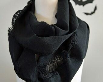 UNISEX Handwoven Cotton Cobweb Loop Scarf - Black