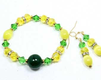 Green and Yellow Stretch Bracelet and earrings Set, Green Quartz and Crystals, Glass Cat's Eye, Baylor Green and Gold, School Colors