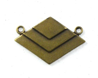 SALE 3 CHEVRON geometric jewelry pendant in antiqued brass. 17mm x 24mm (ST65)