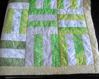 Lap Baby Quilt Wallhanging Throw Yellow Green Cottage Chic Romantic Farmhouse
