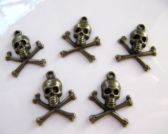 Skull and Cross Bones CHARMS, Pendants in Antiqued Brass Bronze Tone, 10 Pieces, Top Hole, 21mm x 24mm