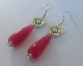 Flower pattern fuchsia drop earrings